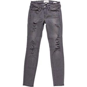 •Frame• Le Skinny De Jeanne Grey Ripped Jeans